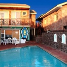 Swimming pool, Lungile Backpackers